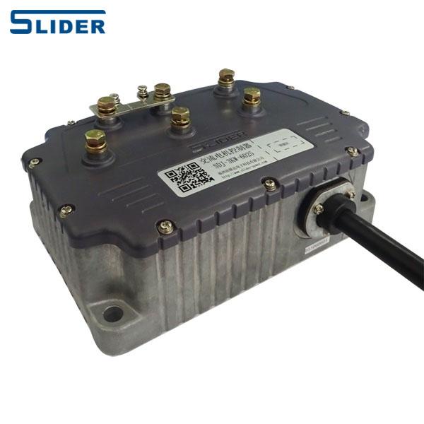 ----产品介绍---- SDJ系列交流电机控制器采用先进DSP为核心的数字驱动 控制,可广泛应用于纯电动乘用车、电动清扫车、电动 观光车、电动巡逻车、高尔夫车等电动车辆。 控制器采用了高可靠大力矩的异步电机作为驱动设备,具 有体积小、重量轻、高可靠性、速度反应快的特点;具备 能量回馈功能,增加续航里程;并有限流、过流、过温、 堵转、短路等多重保护设计。 ----产品特点---- 车企:轻松装车,售后无忧; 适应性强,具备自学习功能; 自检测故障报警功能; 名厂器件,德国品质保证; 用户:绝佳体验,