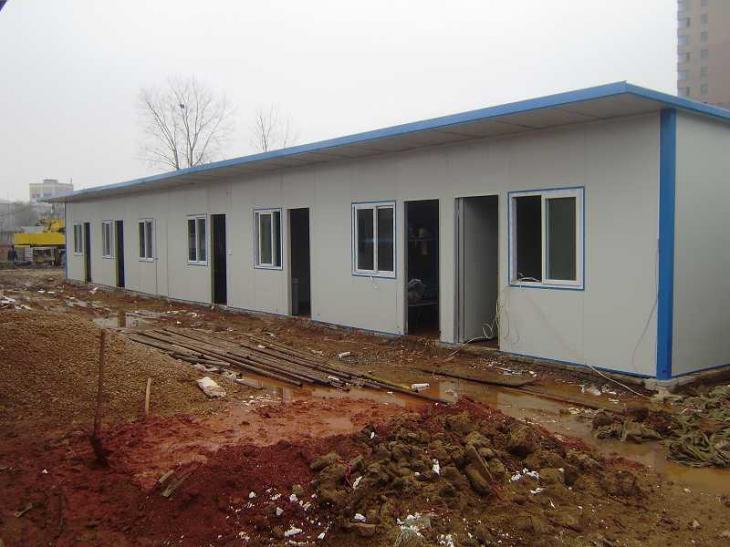 钢结构 屋顶彩钢.防水 活动板房.栏杆防护栏 雨棚