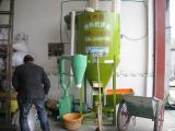 家用电饲料搅拌机粉碎一体机龙头企业