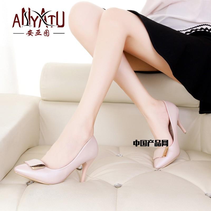 2016韩版高跟尖头甜美系单鞋浅口裸色细跟婚鞋
