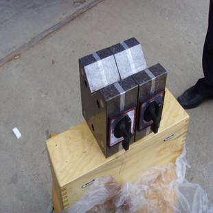 带磁V型架60*60 现货供应磁性V型架