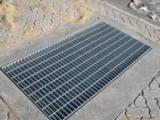 施耐德钢格板有限公司--专业生产,制作及销售热镀锌钢格板
