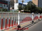 道路护栏厂家供应城市隔离栅栏安装