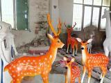 一家亲梅花鹿雕塑系列 玻璃钢仿真动物模型厂家