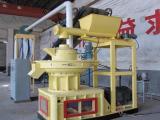 玉米芯生物燃料生产线昆明滇重矿机的玉米秸秆燃烧颗粒机热值高