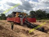 印尼挖泥船哪里买,印尼300方挖泥船售价是多少