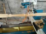 山东数控木工车床厂家  全自动多功能木工车床厂家