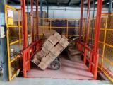 工厂液压货梯价格