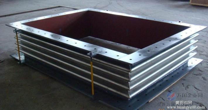 方形补偿器,管道补偿器的作用