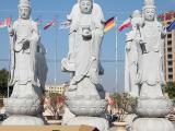 西方三圣指的是哪几位佛菩萨  西方三圣供奉事项-古石厚石雕