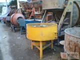 北京回收建筑废铁北京回收工厂废铁