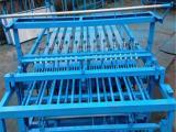 同益机械稻麦草秸秆编织草帘机 专业电动草帘机
