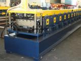 供应高精密直立锁边铝合金屋面板机400型