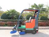 电动驾驶式扫地车价格陕西普森扫地机