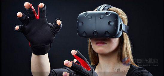 虚拟现实技术VR如今也是演绎的风风火火,包括更进一步的增强现实AR设备,都给当下的人们提供了不同的视觉体验和触觉延伸,使人们对未来科技感十足的生活充满了想象。只不过相当一部分制造商并非掌握核心技术和持续的研发能力,处于跟随市场主流和热销品复制的阶段。VR是仿真技术的一个重要方向,是仿真技术与计算机图形学人机接口技术多媒体技术传感技术网络技术等多种技术的集合,是一门富有挑战性的交叉技术前沿学科和研究领域。  虚拟现实技术(VR)主要包括模拟环境、感知、自然技能和传感设备等方面。模拟环境是由计算机生成的、实时