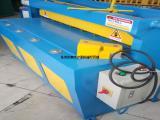2毫米铁板电动剪板机   1米3铝板裁板机