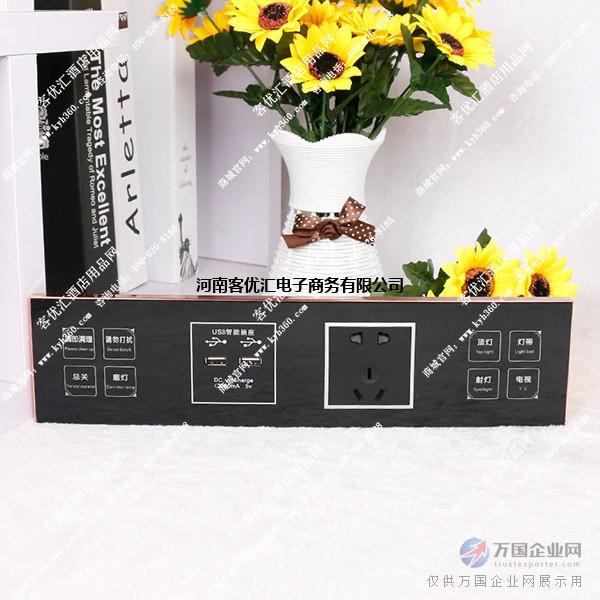 触摸触控开关是一种只需感应开关上的触摸屏即可实现所控制电路的接通和断开的新型开关装置,取代了机械开关的按键模式。 触摸触控开关的安装,接线与普通机械开关完全相同,可适用于各种类型的各种灯具,并带有背光功能。 1、安装方便---- 标准86式触摸式墙壁开关外型设计,不需接零线,不需对灯具改动任何接配件,可直接替换原有触摸式墙壁开关; 2、适用灯具 ---- 可接日光灯、节能灯、白炽灯、射灯、卤素灯等常见灯具; 3、防雷设计 ---- 设有防雷功能,性能安全可靠; 4、隔墙遥控 ----可隔墙进行无线远距离遥