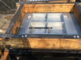 供应翻砂用铝模具、漏模机、顶箱机、射芯机系列、铸造模具