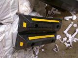 深圳停车位后轮停止器 倒车定位器的材质 防撞块规格 价格