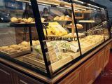 武汉展柜厂、展柜定做选尚典、玻璃展柜、烤漆展柜品质优、任挑选
