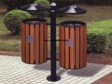 阜阳鸿鑫文体销售塑料环卫垃圾桶 钢木垃圾桶 铁皮垃圾桶销售