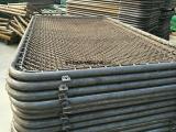 厂家供应篮球场围网,球场护栏网,浸塑勾花防护栏