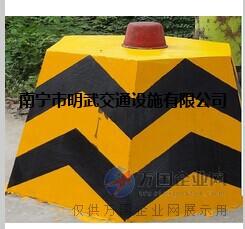 南宁道路标志漆厂家直销反光油漆出厂价