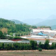 东源县鑫灿石英砂厂的形象照片