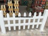 仿木纹地板厂家水泥栏杆安装