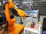 新力光点胶机器人出色的重复精准定位