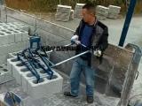 空心砖厂码垛机夹砖机视频