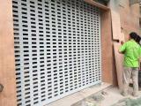 上海别墅车库卷帘门 遥控翻版车库门 电动钢制抗风门安装