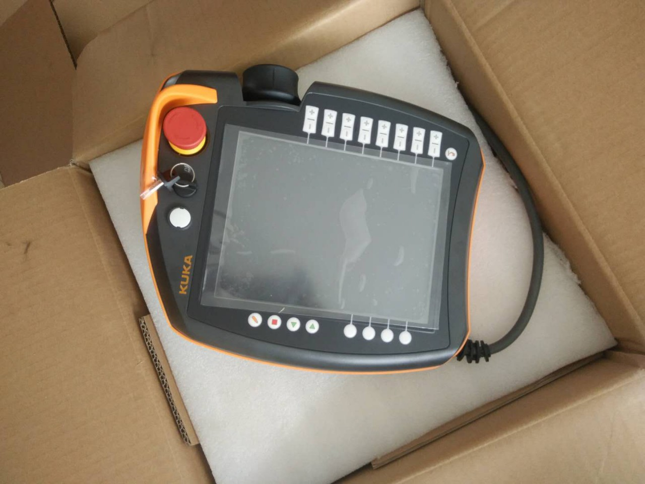 销售 KUKA机器人C4示教器00-168-334