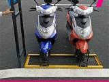 批发商场安装的电动车自行车停车架