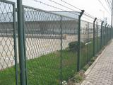 高速铁路桥下金属网片防护栅栏价格