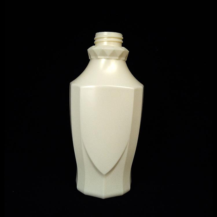 生活日用橡胶制品厂环保pe材料制造高端盾牌形