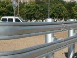 鸿粤现货新型波形护栏板厂家直销  市政道路波形防撞护栏板