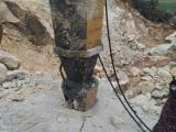 安徽铁矿矿山开采岩石劈裂机撑石岩石分裂机