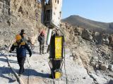新疆乌鲁木齐岩石劈裂机劈石一天能有多少方