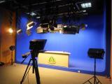 万影通实景演播室 字幕包装 演播室装修 演播室灯光系统