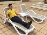 温泉酒店泳池躺椅露天海边泳池沙滩躺椅