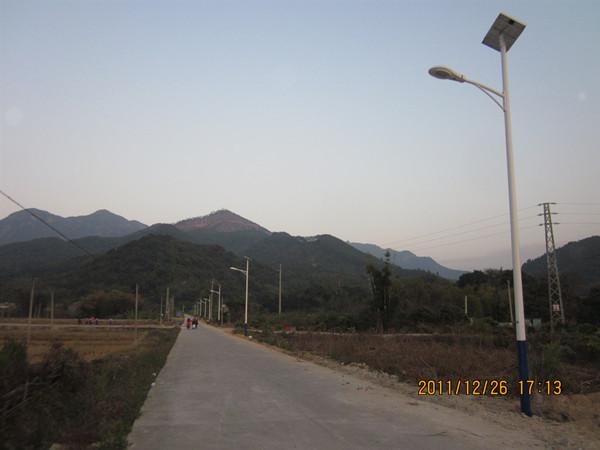 太阳能路灯价格表 洁阳路灯(在线咨询) 太阳能路灯