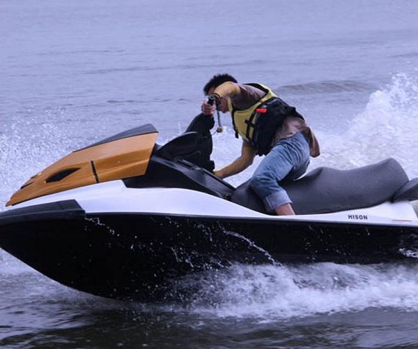 三江摩托艇哪家好 九江海神摩托艇(在线咨询) 三江摩托艇