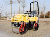 小型1.5吨座驾式双钢轮压路机