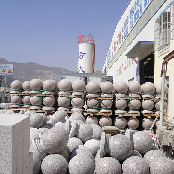 石材挡车球 挡车石球加工厂家 直径60厘米石材挡车球价格