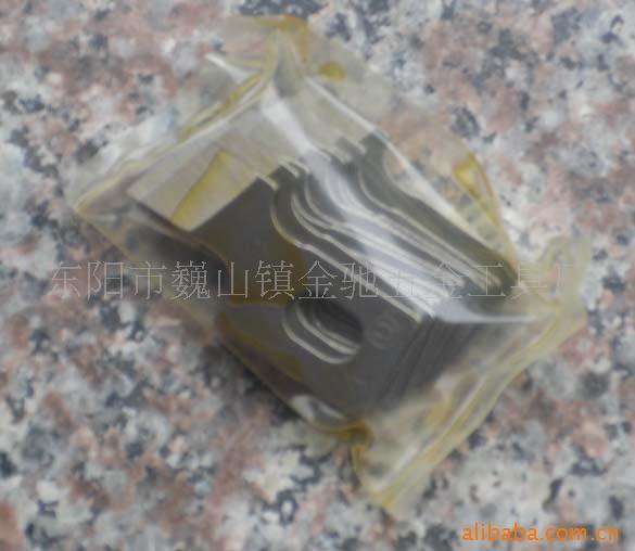 各种规格缝纫机用刀片圆锁刀片开袋设备配件用 高速钢