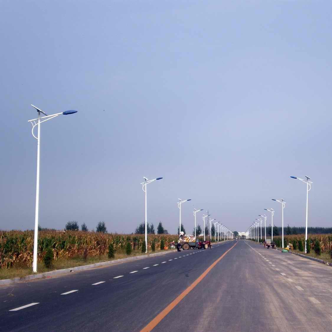 高邮路灯厂家业余消费6米7WLED太阳能路灯路灯灯具