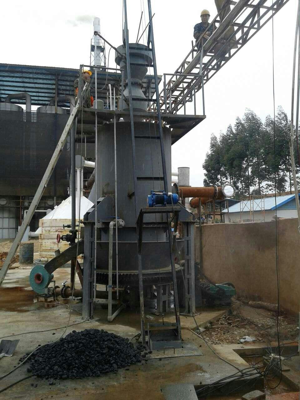 郑州煤气发作炉(HM1300-3200) 常压固定床煤气发生炉