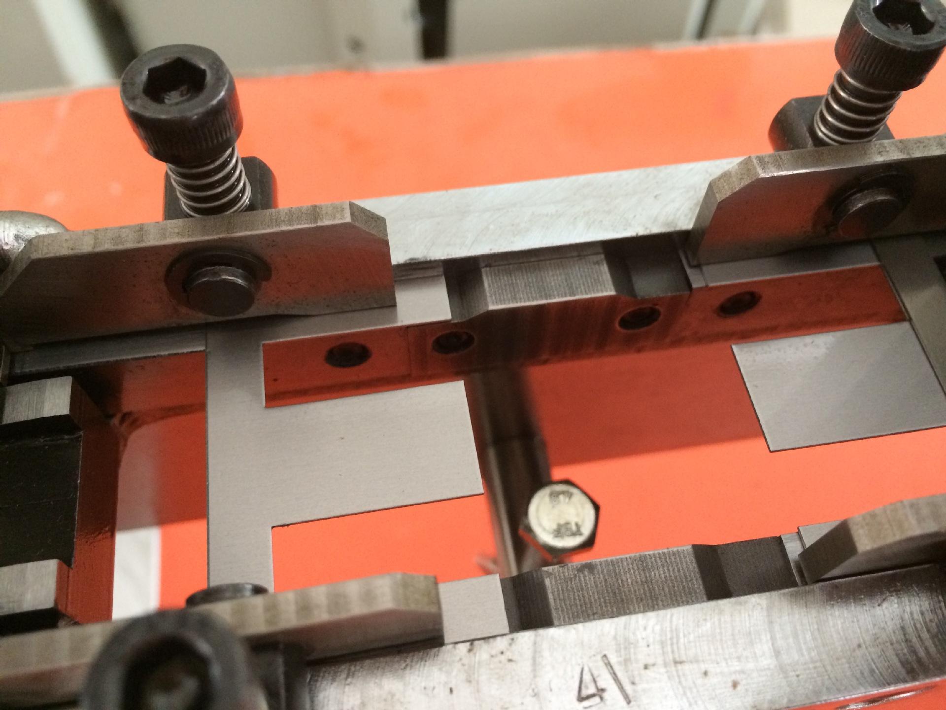 供应直销变压器插片机 电子变压器 自动手动 ei插片机