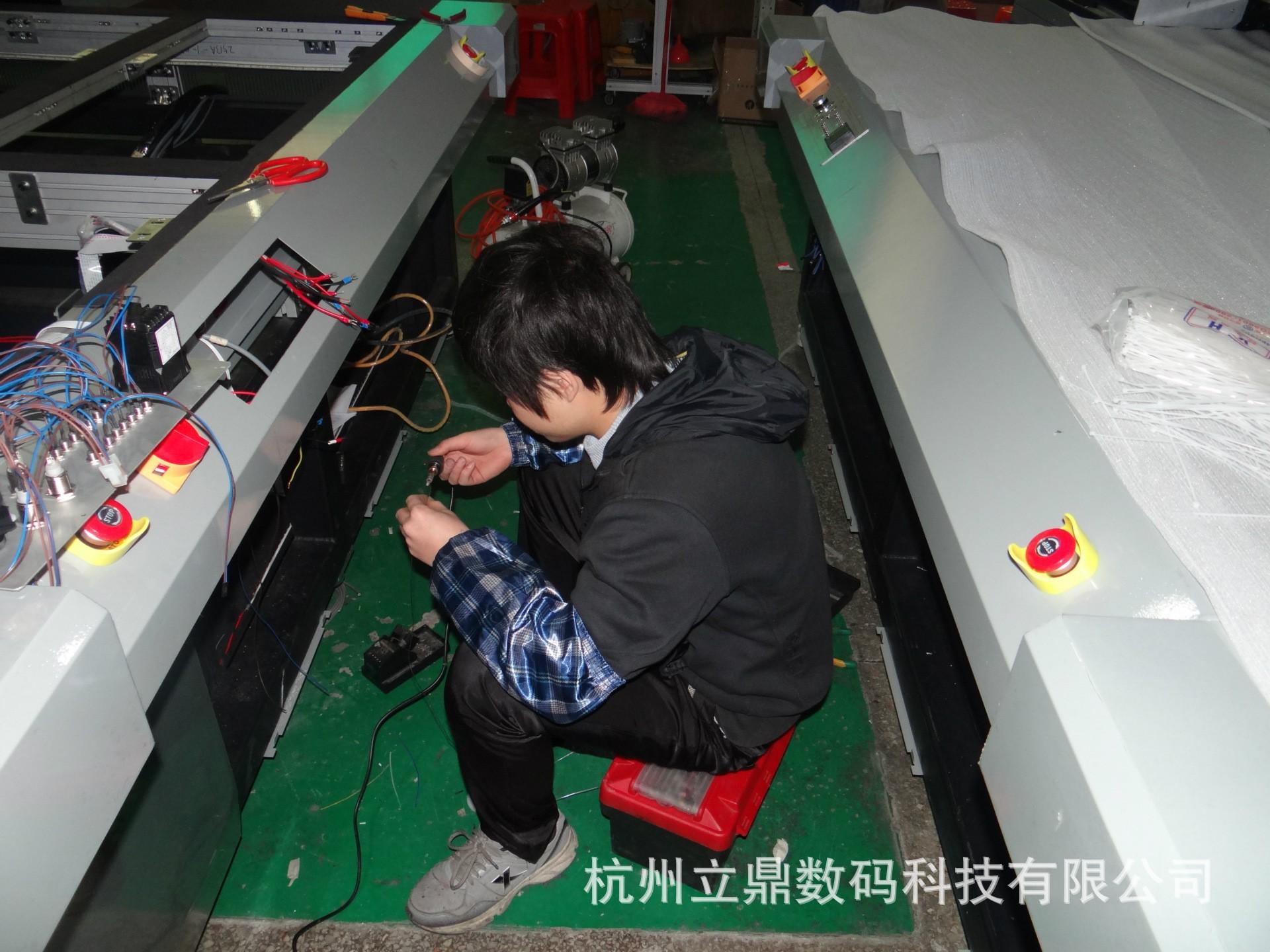 江浙沪上门培修数码印刷机 uv平板打印机 玻璃马赛克